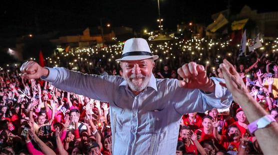 Lula en movilización multitudinaria